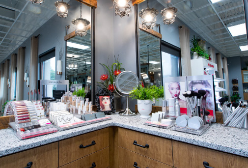 inside poppy salon